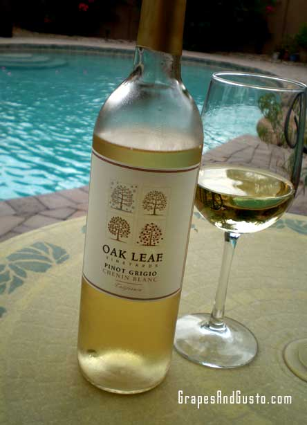 Who knew? Oak Leaf Vineyards' Pinot Grigio/Chenin Blanc blend is a surprising product on WalMart shelves.