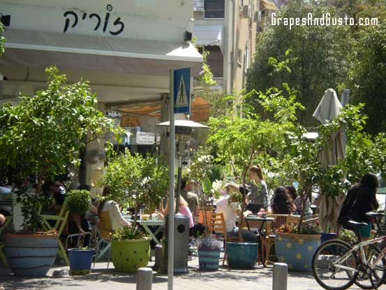 The lunch rush feels like a leisurely gathering in northern Tel Aviv's hip cafe, Zurich.