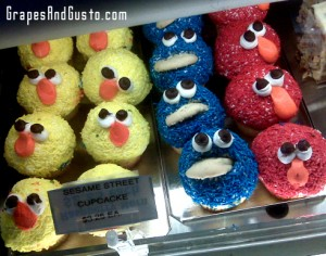 Playful cupcakes make for creative adults. Go ahead, no one's looking!